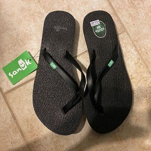 Black Sanuk Flip Flops